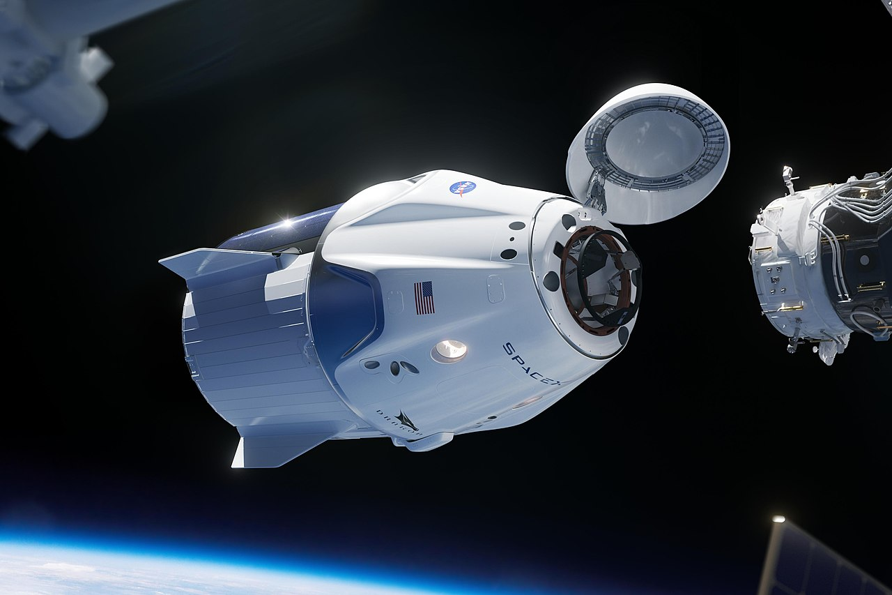 1280px-SpaceX_Crew_Dragon_(More_cropped).jpg
