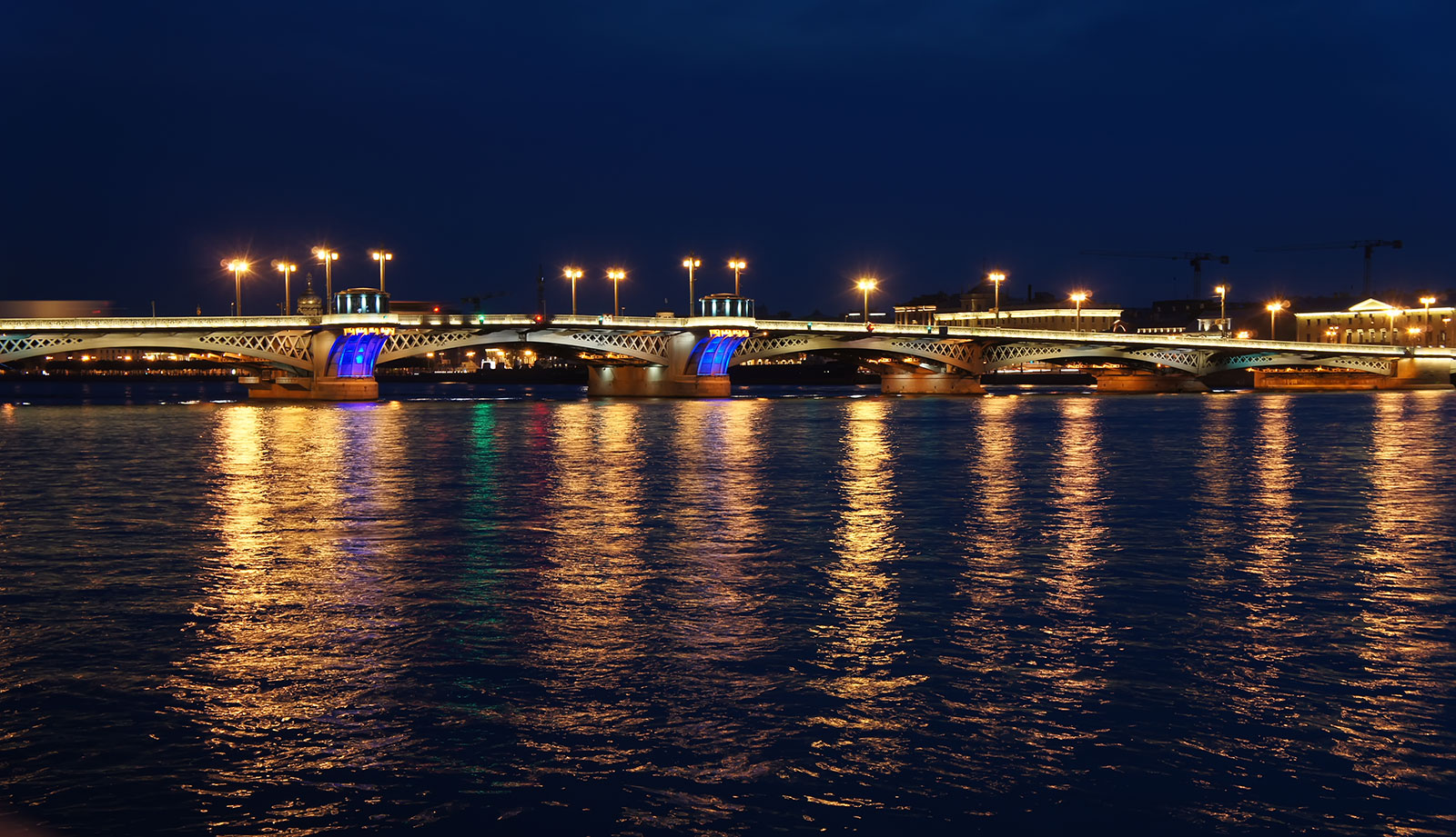 St-Petersburg-Night-4.jpg